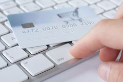 Elektroniskt betalningbegrepp Arkivfoton