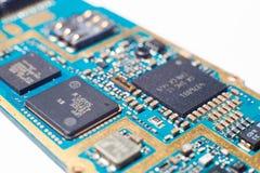 Elektroniskt bräde för mobiltelefon Arkivbilder
