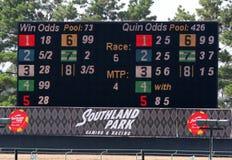 Elektroniskt tävlings- ledare- och ställningbräde på Southland Racing och dobbel, västra Memphis Arkansas Royaltyfria Foton