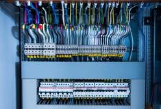 Elektroschakelbord, draad, automaat stock fotografie