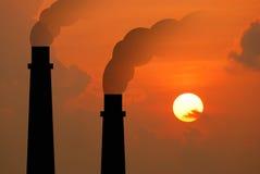 Elektrowni elektrowni przemysłu przemysłowego biznesu elektryczny fac Obrazy Royalty Free