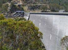 Elektrownia w Śnieżnych górach obraz stock