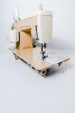 Elektryczna, kremowa szwalna maszyna, Zdjęcie Stock