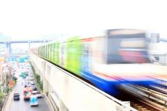Elektrycznego pociągu Biegać Obraz Royalty Free