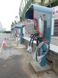 Elektrycznego pojazdu ładuje udostępnienia Fotografia Royalty Free