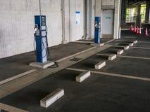 Elektrycznego samochodu ładuje przestrzeń fotografia stock
