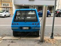 Elektrycznego samochodu ładuje stacja w Oslo Zdjęcie Stock