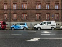 Elektrycznego samochodu ładuje stacja w Oslo Zdjęcie Royalty Free
