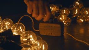 Elektrycznej retro girlandy handmade mistrzowski elektryk elektryczny luzowanie Fotografia Royalty Free