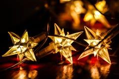 Elektryczni światła kształtujący jako gwiazda Fotografia Stock