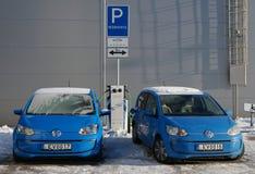 Elektryczni samochody Volkswagen Golf Zdjęcie Stock