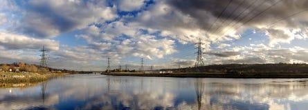 elektryczność pilony Zdjęcia Stock