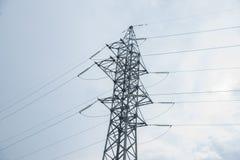 Elektryczność woltażu wysoki słup obrazy stock