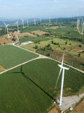 elektryczności wywołujący turbina wiatr oszczędzania energii concep Fotografia Stock