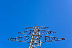 elektryczności energetyczny nieba wierza Fotografia Stock