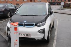 ELEKTRYCZNY BMW samochód Fotografia Stock