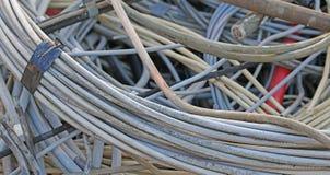 Elektryczny drut w wysypisku materiał niebezpieczny zdjęcia stock