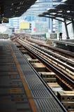 Elektryczny kolej pociąg przy Bangkok Tajlandia obraz royalty free