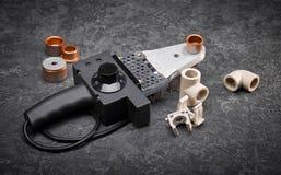 Elektryczny lutowniczy żelazo dla dostawy wody i ogrzewania Fotografia Stock