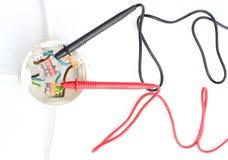 Elektryczny pudełko z kablowym multimeter Zdjęcia Stock