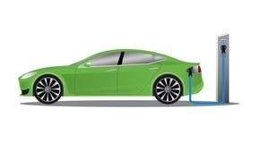 Elektryczny samochód ładuje na parking staci Obrazy Stock
