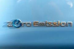 Elektryczny samochodowy Nissan Leaf zdjęcie stock