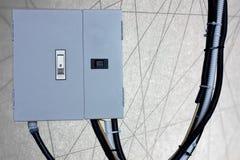Elektryczny system w gabinetowym budynku systemu abstrakta linii backgr Zdjęcia Royalty Free