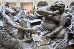 Element de fontein van van Ehekarussell (Huwelijkscarrousel) Brunnen in Nuremberg Stock Foto
