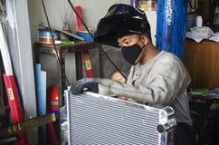 Element för enhet för thailändskt folk för brukselektricitetssvetsning för arkivfoton