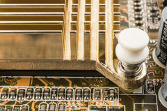 Element på chip av northbridge av makroen för datormoderkortslut royaltyfri fotografi