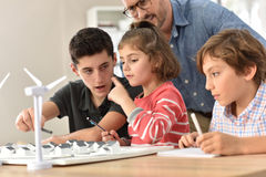 Elementary school class of ecology awareness Royalty Free Stock Photo