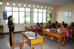 Elementary school students. In Singkawang, West Kalimantan, Indonesia, are learning in the classroom Royalty Free Stock Photos