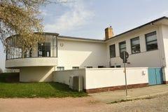 Elemente des Außendesigns von Kornhaus, eine Bauhausflußufer-Bier-undtanzhalle entwarfen durch Carl Flieger Stockbild