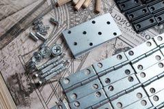 Elemente und Werkzeuge f?r M?belversammlung stockfotografie