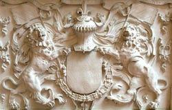 Elementen die van pleister twee leeuwen vormen Stock Afbeelding