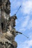 Elementen van architectuur en standbeelden van de ingang aan het oude deel van Sagrada Familia Stock Fotografie