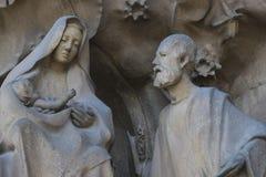 Elementen van architectuur en standbeelden van de ingang aan het oude deel van Sagrada Familia Royalty-vrije Stock Afbeeldingen