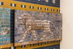 Elementen van de Antiquiteit van de Babylonian-Muur stock foto