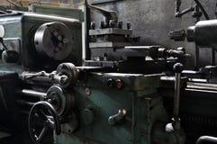 Elementen van de metaalbewerkende machine fabriek en technologie stock foto's