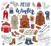 Elementen van de wintertijd de vastgestelde krabbel Hand getrokken schetsinzameling met open haard, glas hete wijn, laarzen, kler Royalty-vrije Stock Afbeeldingen