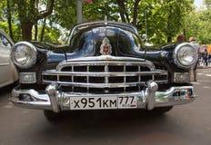 Elementgaller av bilen för GAZ-12 ZIM på show av retro bilar för samling Arkivbilder