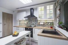 Elementi d'annata della cucina, ornamenti e dettagli della cucina nello stile classico Immagine Stock Libera da Diritti