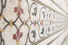 Elementi decorativi creati applicando pittura, stucco, gli intarsi della pietra e le sculture Fotografia Stock Libera da Diritti