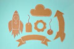 Elementi del cartone per progettazione Rocket, insegna, prezzo da pagare, nuvola e freccia fatti a mano Fotografia Stock