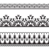 Elementi del modello del confine di Seamles con i fiori e linee del pizzo nello stile indiano di mehndi isolate su fondo bianco illustrazione di stock