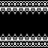 Elementi del modello del confine di Seamles con i fiori e linee del pizzo nello stile indiano di mehndi isolate su fondo bianco Immagini Stock