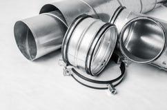 Elementi del sistema di ventilazione su fondo bianco Immagini Stock