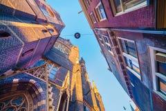Elementi di architettura olandese autentica, colpo grandangolare in AMS Immagine Stock