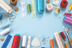 Elementi di cucito fotografie stock libere da diritti