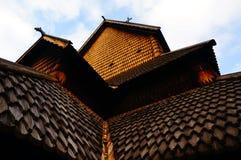 Elementi di legno della chiesa della doga, Norvegia Fotografie Stock